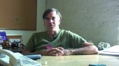 Gus Van Sant (16.3 cm x 9.1 cm @300dpi)