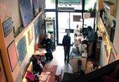 Café Ta'amon: Innenansicht (3.0 cm x 2.1 cm @300dpi)