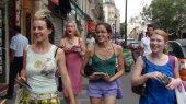 Im Marais, Paris (19.5 cm x 11.0 cm @300dpi)